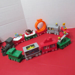 2017 MCDONALDS TRAIN HOLIDAY EXPRESS LOT 10 Noel
