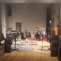 Band room for rent