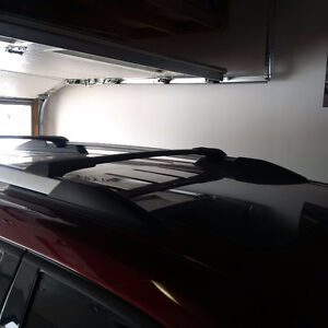 GMC Acadia Roof rack cross bars