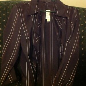 New With Tags Ladies XL Silk Black Shirt With Purple And White