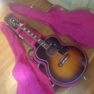 J-200 Gibson Flat Top Guitar