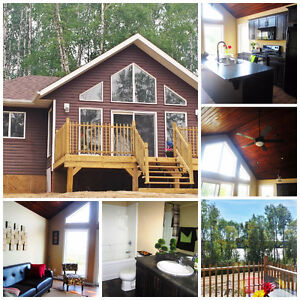 2015 Show Cabin ON SALE - Shores on Cowan
