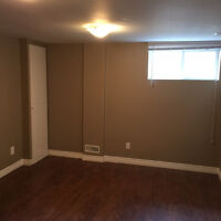 Bayview and Major Mackenzie 2Bed Room Unit+Kitchen+Bathroom