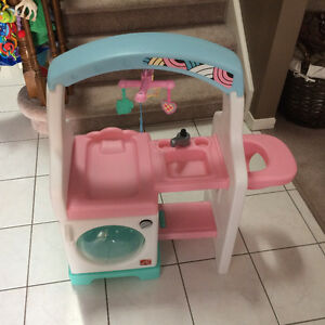Step2 Doll station. Toy change table, highchair, washing machine
