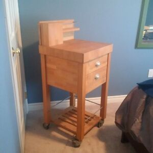 Butcher Block hardly used Peterborough Peterborough Area image 2