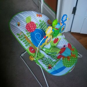 Fisher Price Vibrating bouncy chair EUC