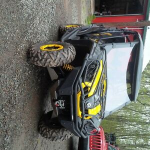 2011 CAN AM Commander X