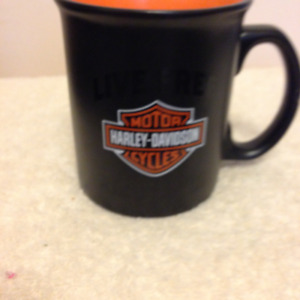 Harley Davidson Live Free Ride Hard Coffee Mug + Harley Belt  38