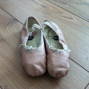 pink ballet shoes size 10 and 11 Strathcona County Edmonton Area image 1