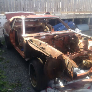 1972 AMC Javelin Pierre Cardin Car - Parting Out