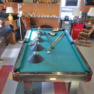 ***REDUCED****Professional Size Pool Table Set Up