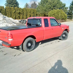 2000 Ford Ranger XL Pickup Truck