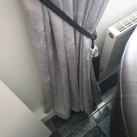 7 foot pelmet and curtains for sale reduced price must go