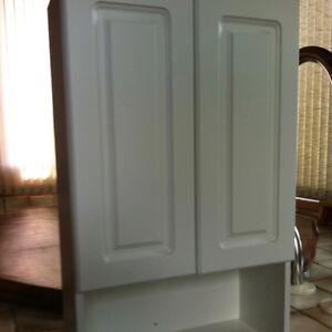 Bathroom cabinet/overjohn in pristine white melamine finish
