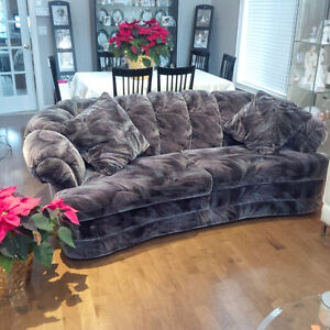 Couch and Chair Great Condition ! Cambridge Kitchener Area image 1