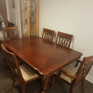 Dining Set (Well Built and Extends)