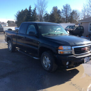 2007 GMC Sierra 1500 SLE 5.3 V8 March MVI 229 km $5500.00