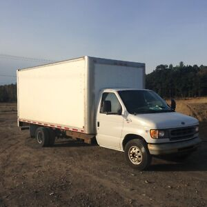 Ford e450 diesel 7.3l  cube fourgon