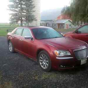 2012 Chrysler 300-Series limited Sedan