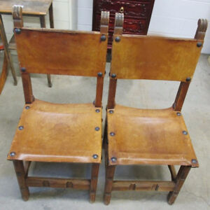 Vintage Pair of Leather Table Chairs Kitchener / Waterloo Kitchener Area image 1