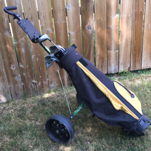 Junior right hand Golf Clubs set bag & pull cart 6 starter used