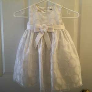 NEW CHRISTENING OR PARTY DRESS