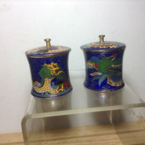 VINTAGE 2 X CLOISONNE ROUND CONTAINER WITH LID