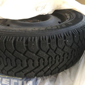 Winter tire (with rims) almost brand new