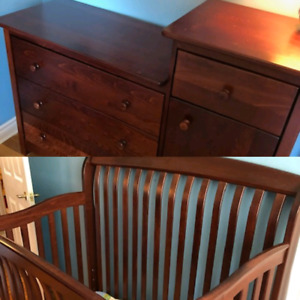 Solid wood crib and dresser / change table