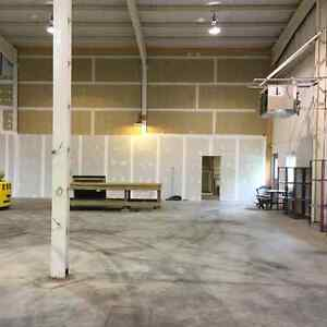 Commercial Warehouse for Rent Cornwall Ontario image 8