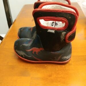 Bogs size 10 Toddler - Practically brand new