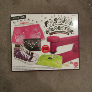 Fashion Decorator Craft Kids Kit NEW