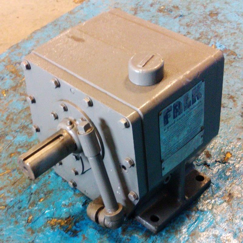 FALK 2.674:1 RATIO 7.5HP ENCLOSED GEAR DRIVE MODEL 1030FC2AS