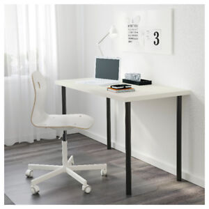 Ikea Desk/Table [Grey Table Top and 4 Grey/Silver Legs]
