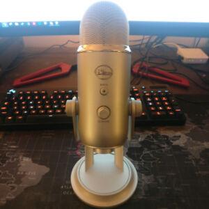 Blue Yeti Microphone - Silver