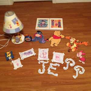 WINNIE THE POOH TODDLER BEDDING SET & ACCESSORIES St. John's Newfoundland image 2