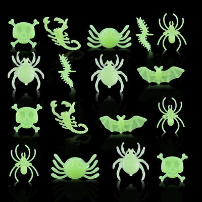 1Set Mixed Glow In The Dark Skull Bat Spider Rings Halloween Plastic Party Ring