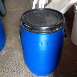 baril bleue 12 gallons couvert open top