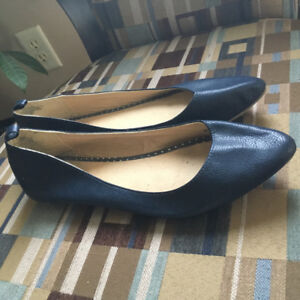 Women's size 10 shoes