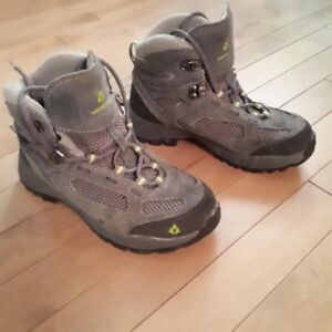 Vasque Youth Hiking Boots