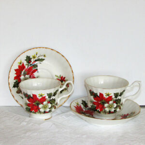 2 VINTAGE FINE BONE CHINA CHRISTMAS CUPS & SAUCERS TEACUPS