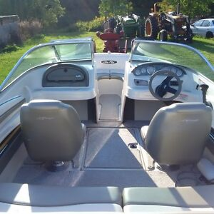SEA-RAY 190 180 HOURS IN NEW CONDITION
