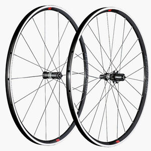 BONTRAGER PARADIGM COMP TLC WHEELSET NEW- TUBLESS READY