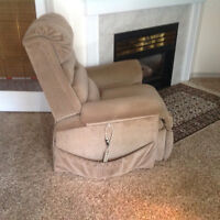 Pride Electric Lift Recliner Chair