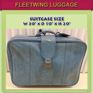 FLEETWING SUITCASE IN EXCELLENT CONDITION