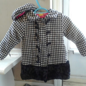 Penelope Mack houndstooth coat and matching hat, 4T.