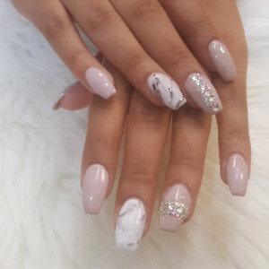 Lavish Nails & Beauty Bar