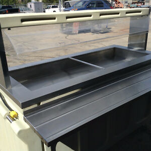 """COMPACT COLD TABLE ON WHEELS PORTABLE 5' 5"""" X 2' 4"""""""