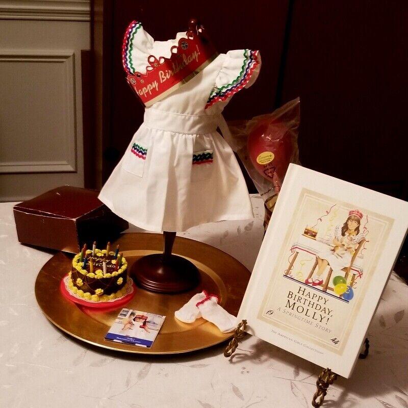 Pleasant Company American Girl Molly McIntyre Birthday Set - $64.95