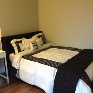 April 1 - 25th - Great Location -5 min to downtown